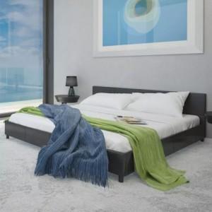 Fekete műbőr ágy matraccal...