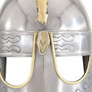 Ezüstszínű antik Beowulf acélsisak LARP másolat
